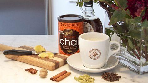 V těchto chladných dnech jsme si pro vás připravili vynikající nápoje, které vás jistě zahřejí!